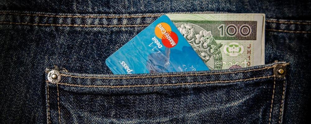 Kontaktloses Bezahlen - Bankkunden haften nicht bei Kartenverlust